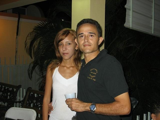 Felipe Burgos y su novia.  Felipe se llevó el récord de asistencia perfecta a absolutamente todas las reuniones.